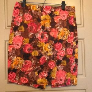 Dresses & Skirts - J. Crew No. 2 Pencil Skirt Watercolor Rose 10
